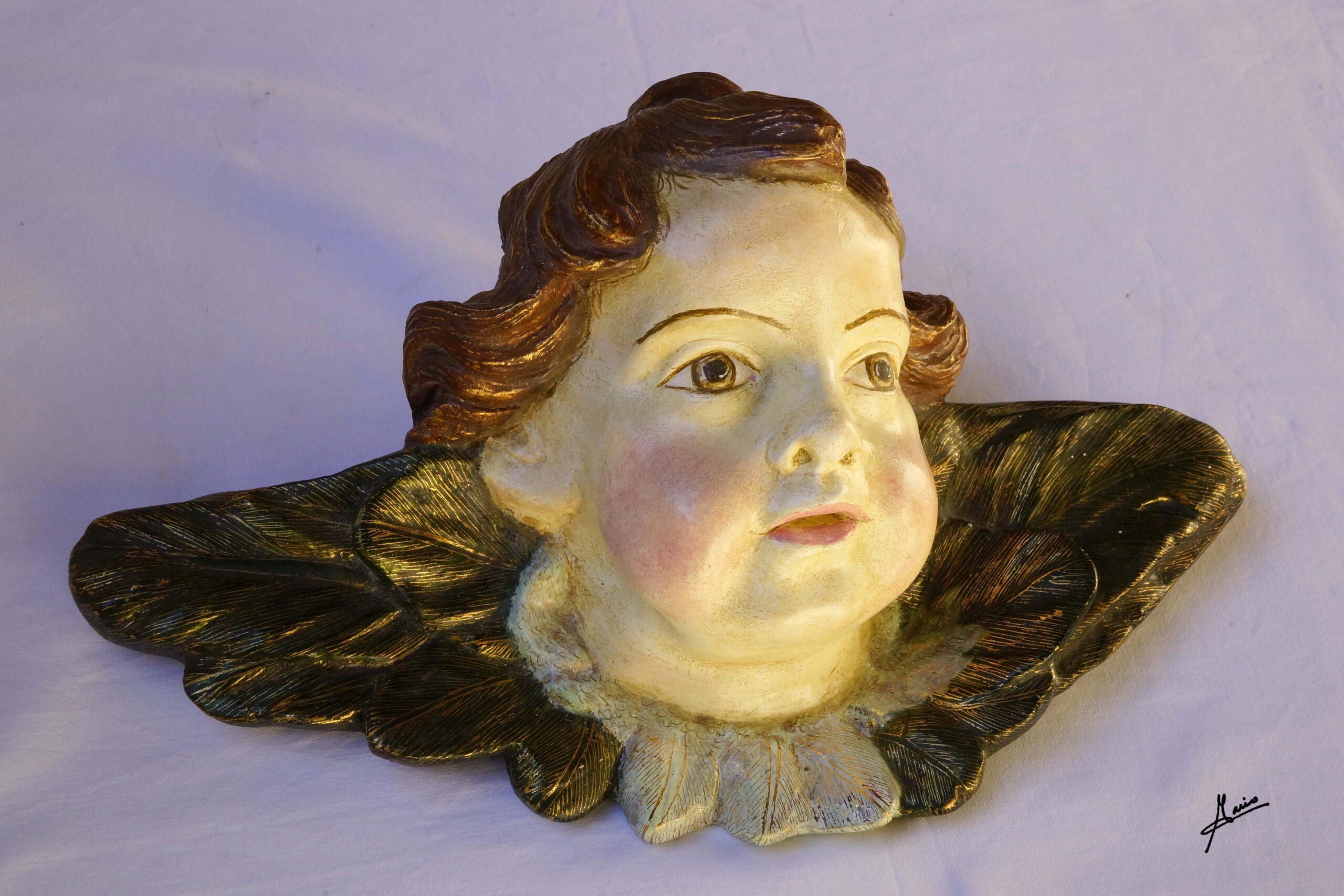 cabeza ángel muy grande